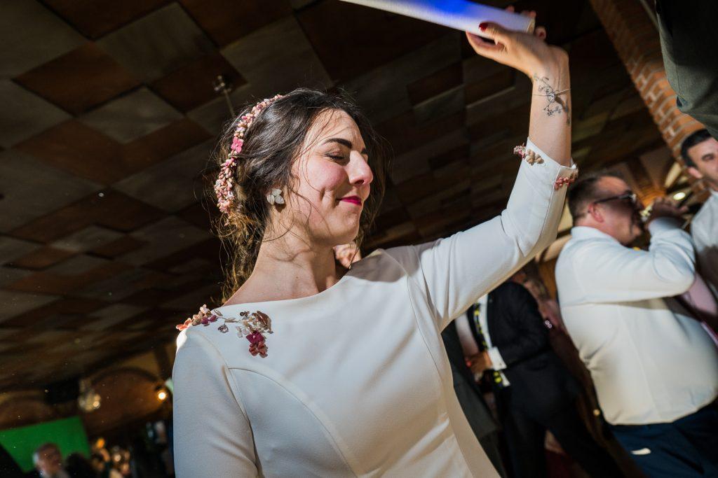 La novia en la fiesta
