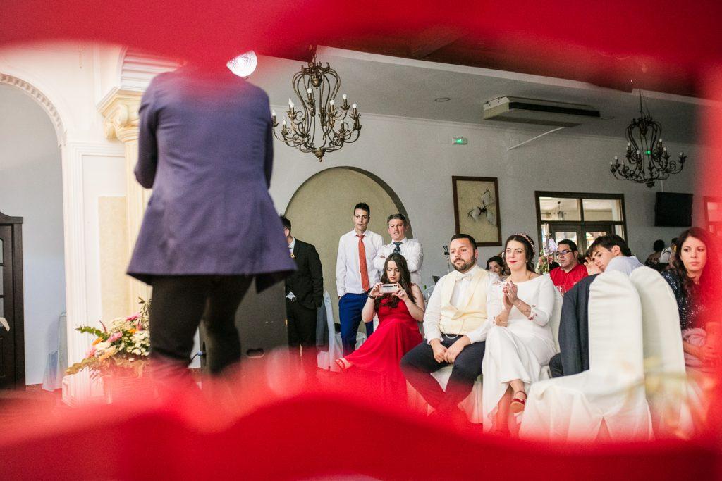 Actuación durante la fiesta de los novios